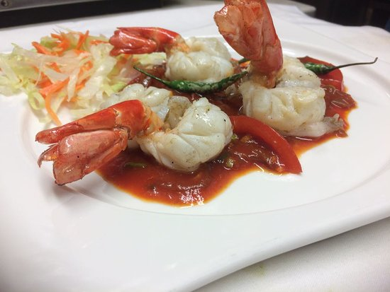 One of the many prawn dishes in making!