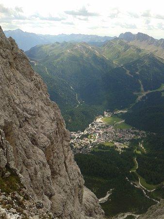 Canale d'Agordo, Ιταλία: San Martino di Castrozza visto dall'alto delle Pale di San Martino
