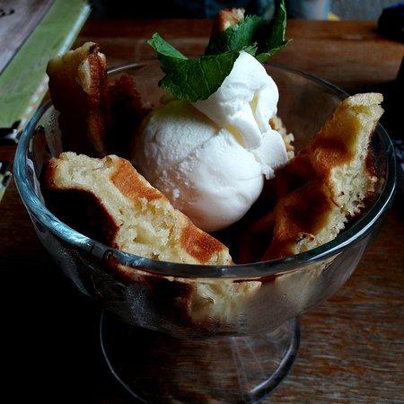 Gourmetto городское кафе: Венские вафли