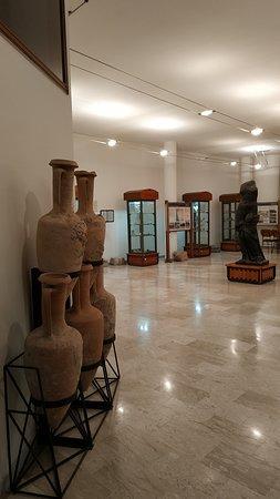 Museo Civico Archeologico B. Greco: Sala superiore