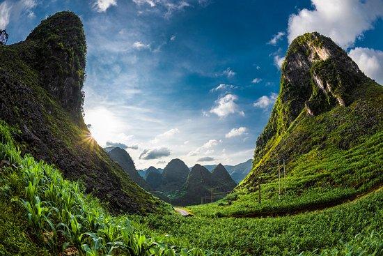 iAdventures Ha Giang