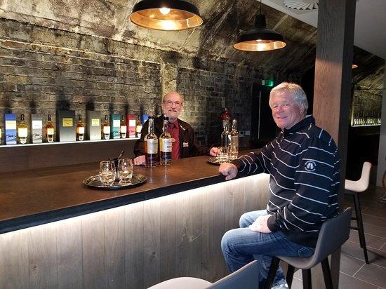 Blackford, UK: Taste testing