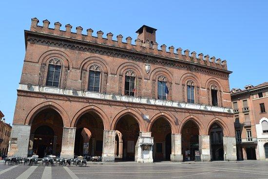 Centro Storico: Palais communal