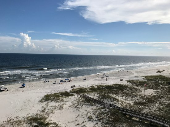 Eden Condominiums: View of beach from our room on the fifth floor