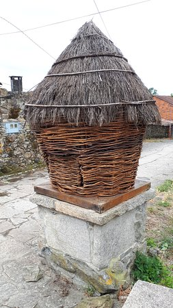 7-Day Camino Frances Pilgrimage Tour from Sarria to Santiago: the Cabazo (corn storing house) in the village of Leboreiro
