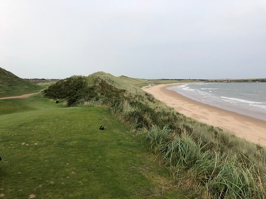 Cruden Bay (Port Erroll), UK: Almost blind tee shot.