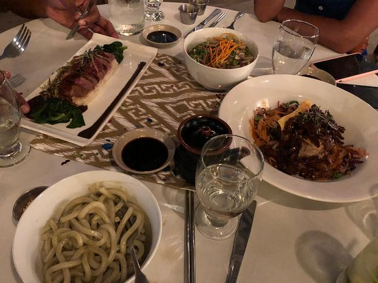 Naru Restaurant and Lounge: Main couse