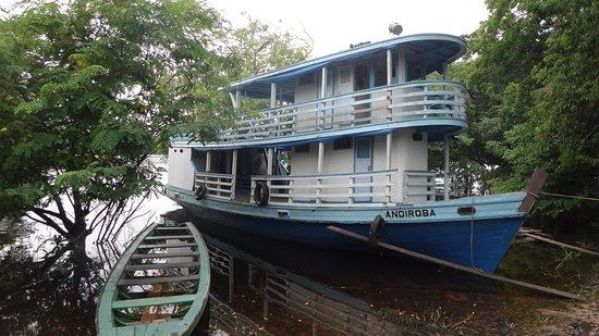 Careiro, AM: comodidades para grupos maiores em passeios pelo rio