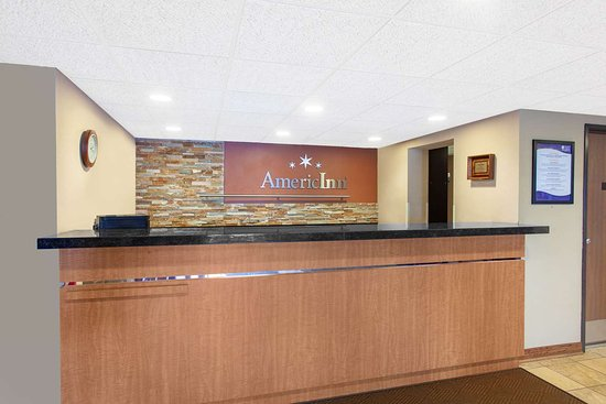 AmericInn by Wyndham St. Cloud : Reception