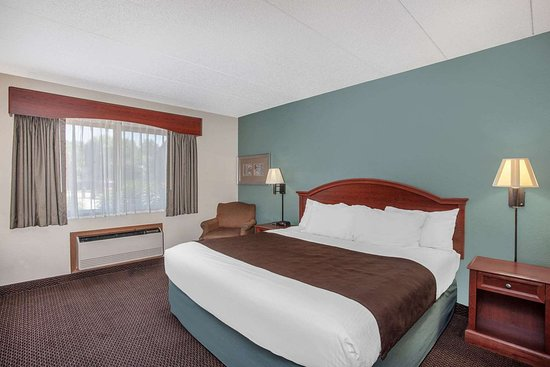 Saint Peter, MN: Guest room