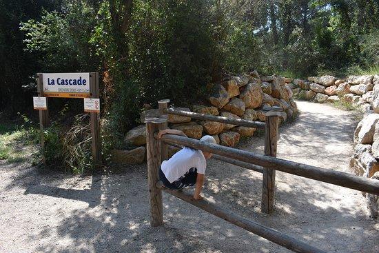 Sillans-la-Cascade, Frankrijk: l'entrée