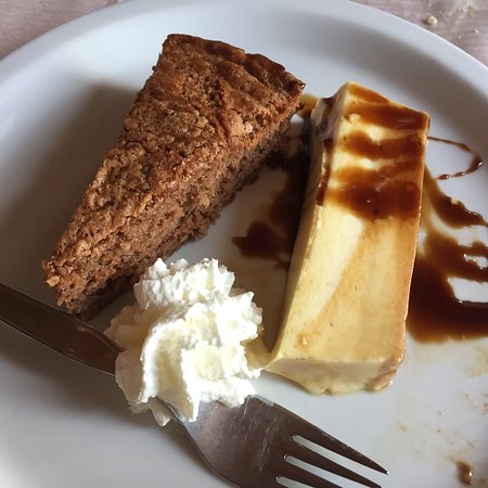 Hotel Ristorante da Elvira : Hazelnut chocolate cake with creme caramel