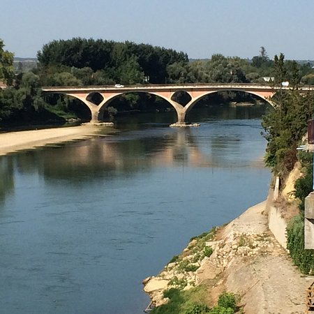 Tonneins, France: View of the Garonne River