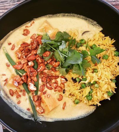 The yummiest veggie curry ever!