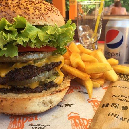 Tipsi Beer & Burger House Photo
