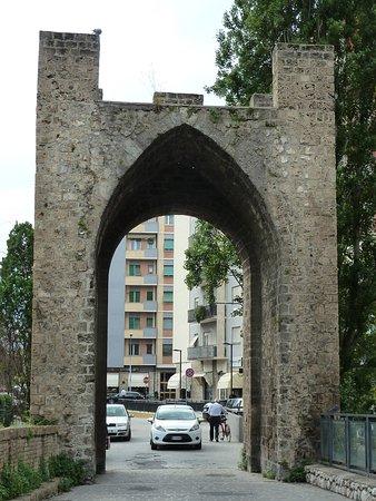 Terni, Italy: Porta Sant'Angelo