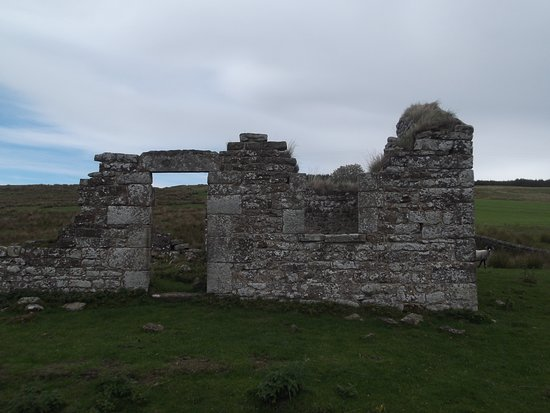 ‪Black Middens Bastle House‬