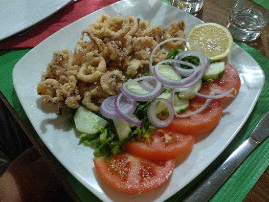 Romeos Restaurant: Calamari Fritti