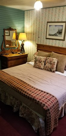 Villa Dallavalle Hotel / Inn : 20180904_152756_large.jpg