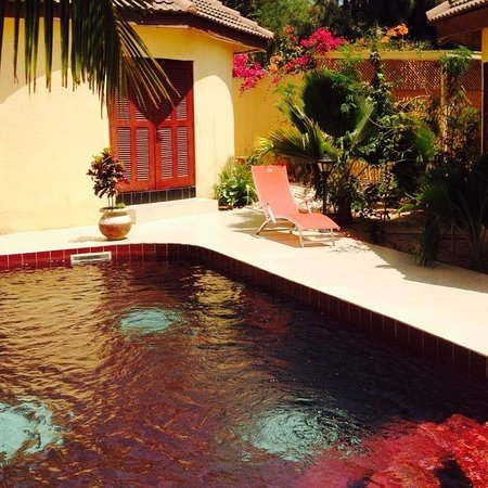 Nianing, Senegal: bungalow suite famille sur piscine