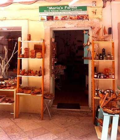Maria's Farma - Bio, Natural & Olive Wood