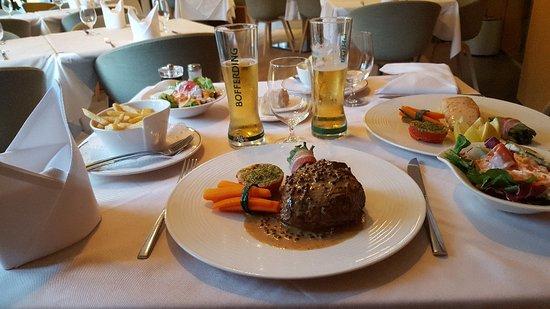 Walferdange, Luxemburgo: Tres bon accueil, excellent repas et très bon service