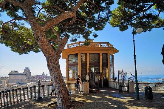Ascensore di Castelletto Levante