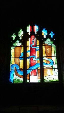 Goodrich, UK: The modern window in the chapel.