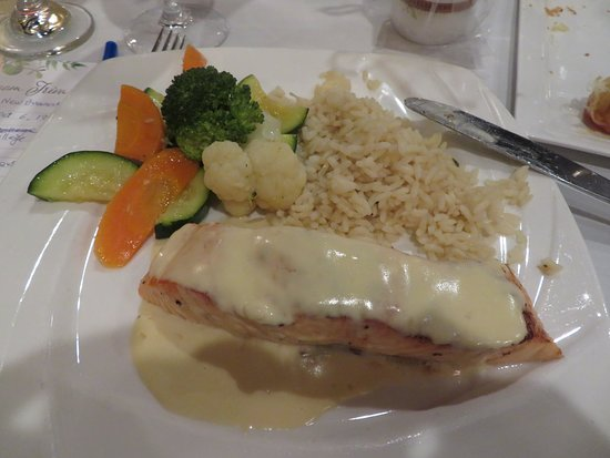 Savor Restaurant : Salmon with Rice, Veggies and their Special Sauc