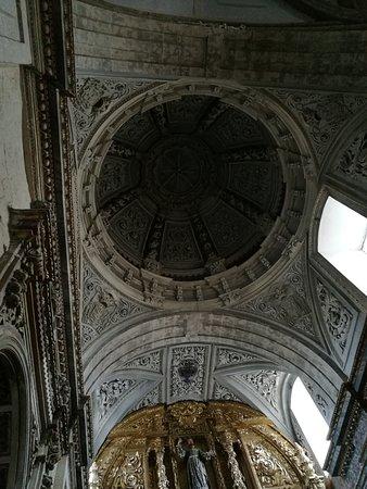 Iglesia de Santa Maria del Camino: Bóveda.