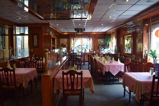 Grevesmuehlen, Germany: hinterer Gastraum / back dining area