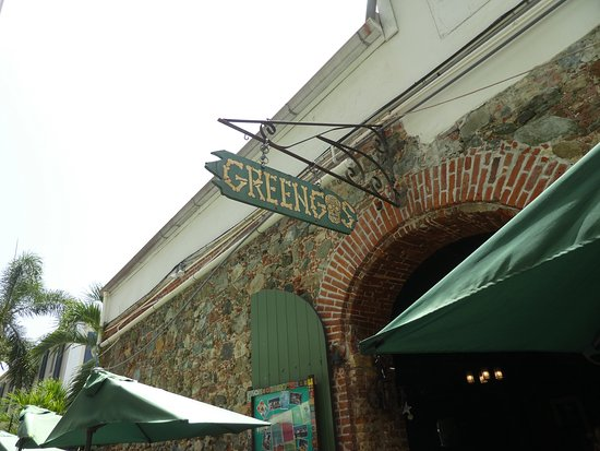 Greengos Caribbean Cantina: Patio Entry