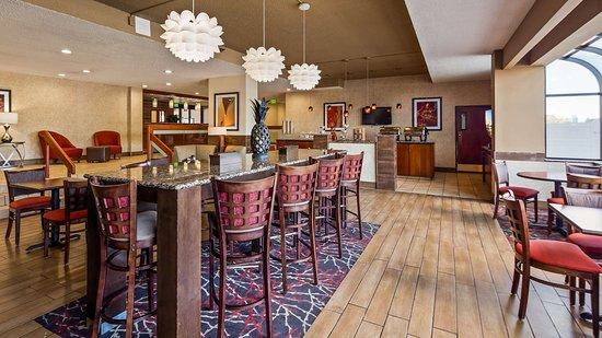 Best Western Plus Denver Tech Center Hotel: Breakfast Area