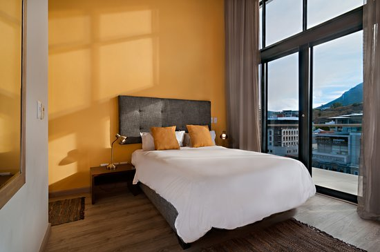 Sanibel Island Hotels: ROCKWELL ALL SUITE HOTEL (Cape Town, South Africa