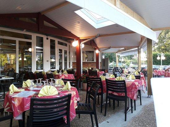 Pouillon, ฝรั่งเศส: terasse