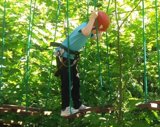 Park Linowy Lesny Raj: atrakcja nr 1_huśtawka