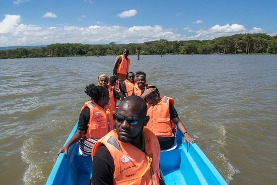 Provincia del valle del Rift, Kenia: Taking a boat ride at the Lake Naivasha to the crecent Island. There is alot of birdlife here