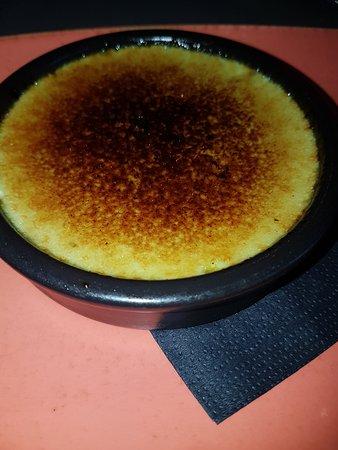 Nernier, ฝรั่งเศส: crème brulée à la pistache