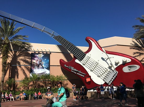 ‪Rock 'n' Roller Coaster Starring Aerosmith‬