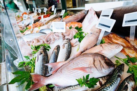Quakertown Farmers Market: Fresh Seafood - Zangari's Seafood Dept. #211