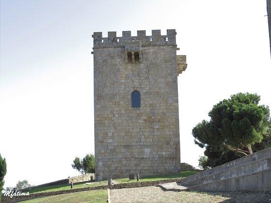 Castelo de Pinhel: Uma das duas torres do castelo
