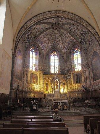 Roquebrune-sur-Argens, ฝรั่งเศส: Église Saint-Pierre-Saint-Paul