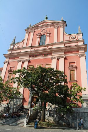 Franciscan Church (Franciskanska cerkev): esterno