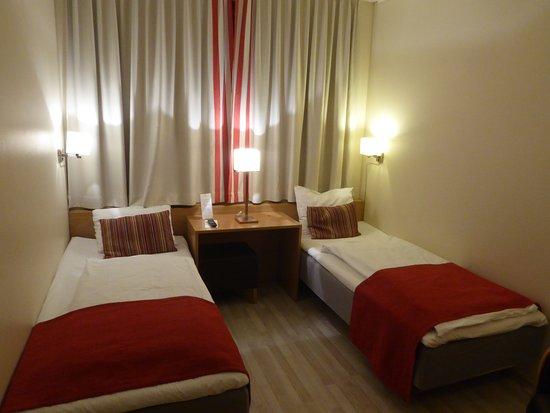 Gardermoen Airport Hotel: Внутренние интерьеры номера
