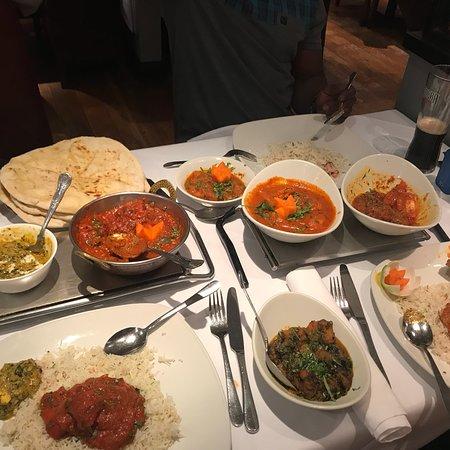 Hussain's Indian Cuisine: photo2.jpg