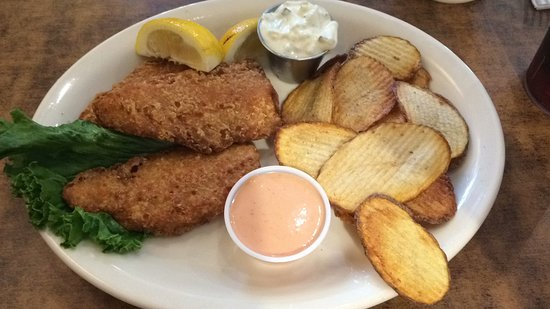 Mirror Lake Diner: Fish and Chips. Yes - Chips, not French Fries.
