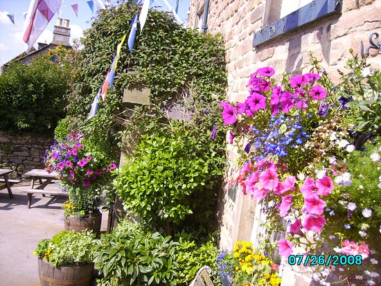 Winster, UK: Old Bowling Green In Bloom...