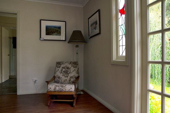 Gellibrand River Gallery: Inside Accommodation