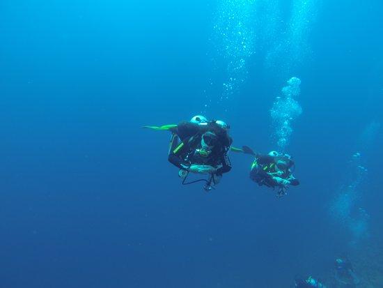 Frontier Tech Divers