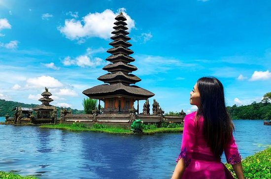 Best of Bedugul: Temple Ulun Danu...